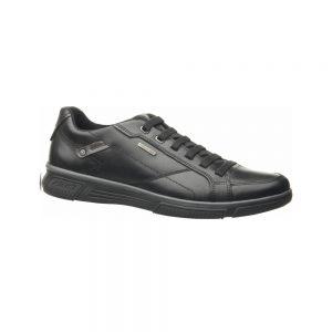 נעלי גבר במראה ספורטיבי