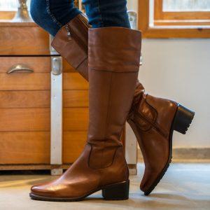 מגפיים גבוהים עיצוב קלאסי