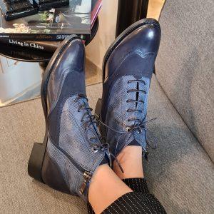 נעלים חצאיות שרוכים